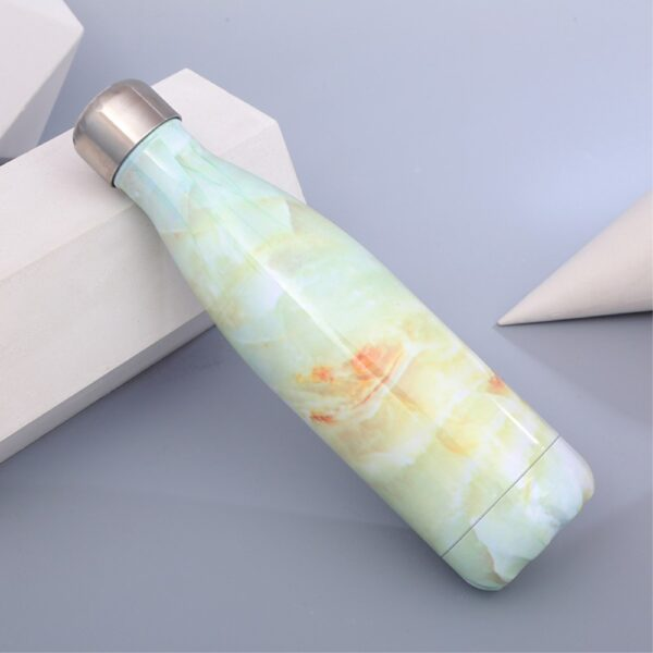 termoflaske-marmor-look-lysegroen-2-